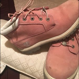 Timberland pink boots